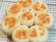 【人力ホームベーカリー】炊飯器とフライパンだけで簡単にパンが焼けちゃうんです!