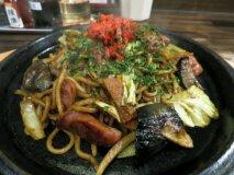 自家製麺が旨い店に豪快な一皿も!都内で美味しい焼きそばが堪能できる店