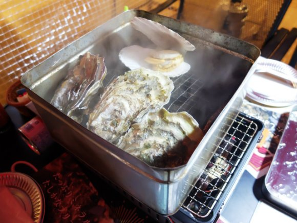 今だけ!渋谷タワレコ屋上に激安&美味しい牡蠣小屋が出現!