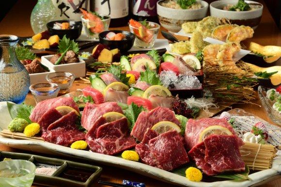 黒毛和牛と熟成黒毛和牛を食べ比べ!飲み放題付5500円の超お得コース