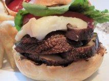期間限定!肉厚マッシュルームでヘルシーハンバーガー