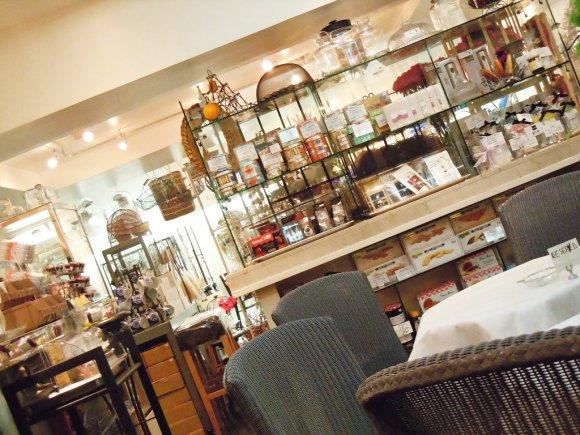 オシャレな輸入雑貨が沢山♪広尾でゆったりできる雑貨屋カフェ
