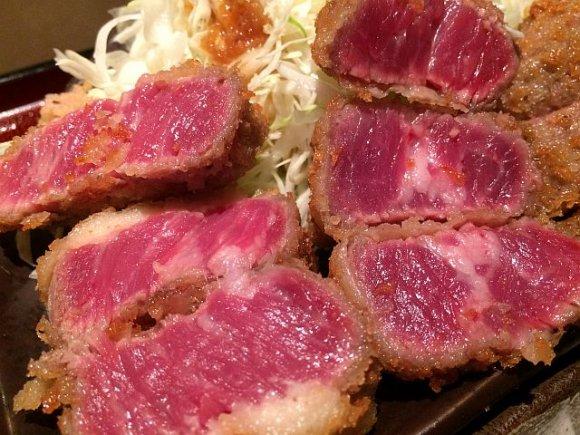 牛カツも1000円以下!西新宿の焼肉屋で食す絶品洋食ランチ