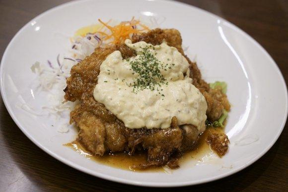 今も変わらぬ味と安さ!地元で長く愛される安ウマの人気洋食店