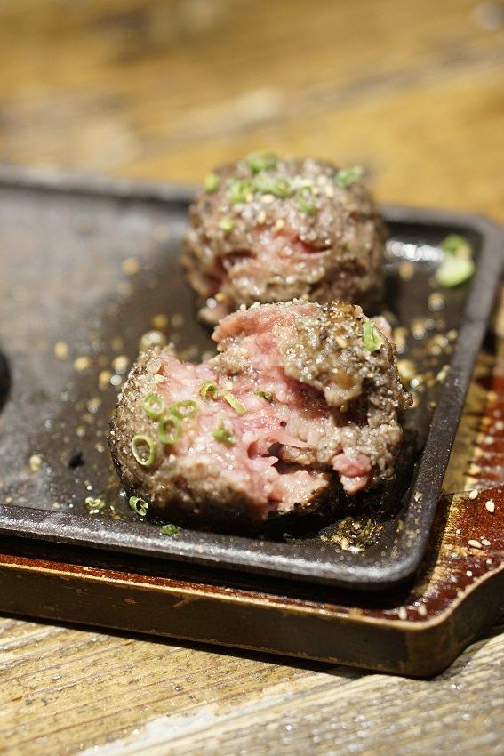 上タン串は100本食べたい美味さ!安くて絶品揃いが嬉しい牛タン専門店