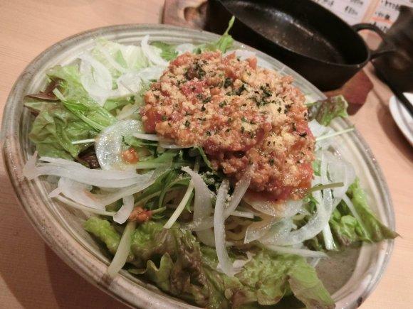 坦々麺にアジアン麺!福岡なのに半径15m圏内に密集する「麺料理」4選