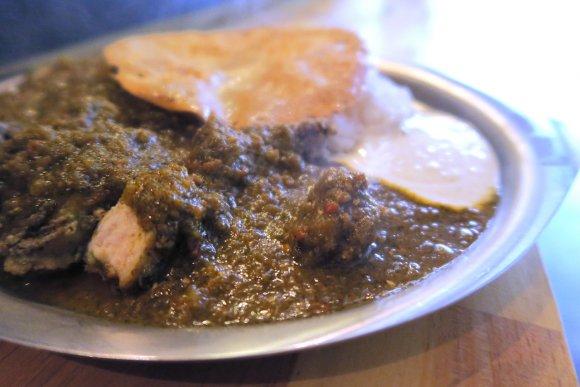 【TORI FOOD】一口食べれば虜に!水曜限定のランチカレーが旨い