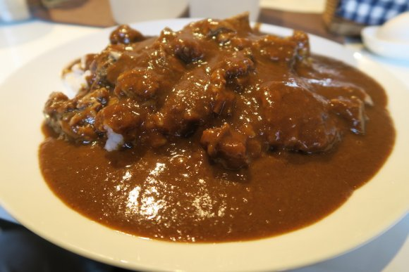 カレーの世界は奥深い!インドカレーに中華カレー、激辛、メガ盛りも!