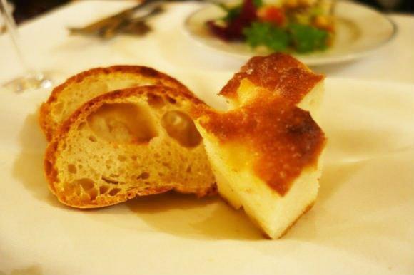 シチリアーナ・ドンチッチョで味わう!イタリア流パンと料理のペアリング