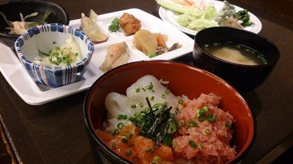 山手線で東京グルメ巡礼!主要駅周辺の美味しい店・メニュー厳選10記事