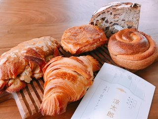 午後には売り切れが続出!パン通の間で話題の「パンとお菓子の専門店」