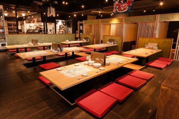 鮮度抜群の活イカに牡蠣食べ放題も!上野のお店で絶品魚介を食べ尽くせ