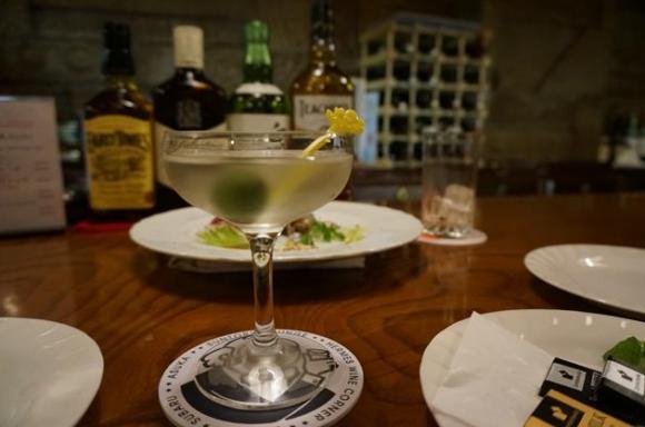 毎日でも飲みに行ける、お財布に優しい東京のバー5選