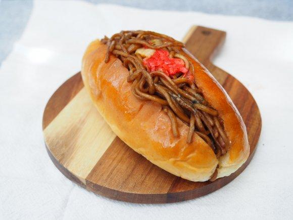 一度食べたら絶対ハマる!大阪らしい調理パンが次々売れるパン屋さん