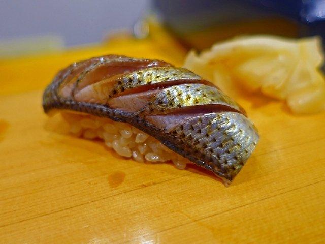 あまりの安さと美味しさにびっくり!破格の値段で楽しめる立ち食い鮨屋