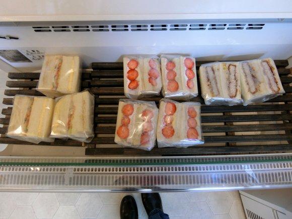 ピクニックの前に立ち寄りたい!新宿御苑近くの種類豊富なパン屋さん