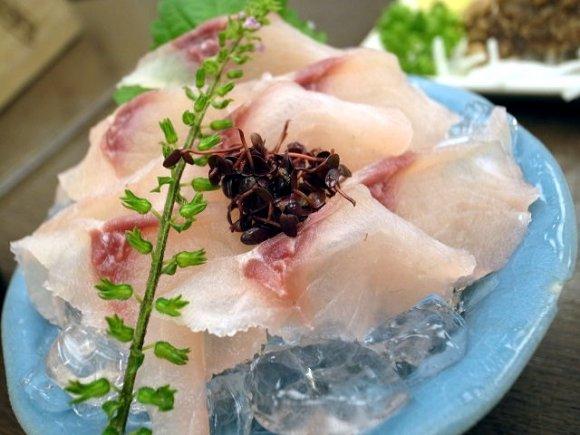 創業200年以上の老舗「駒形どぜう」で江戸庶民の味どじょうを食す!