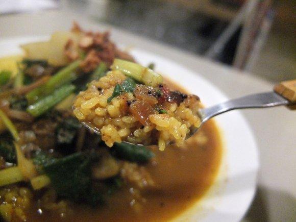 野菜もスパイスも満タン!東大阪で食べる唯一無二のカレー