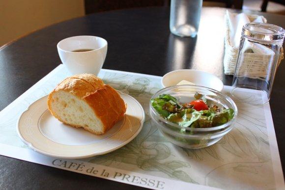 ミナトヨコハマの歴史を感じるクラッシックなカフェランチ