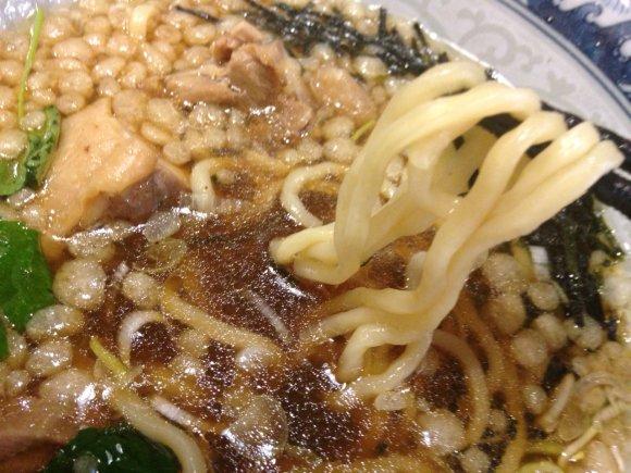 懐かしい味わいに注文が殺到!大阪でも人気の「山形 鳥中華」