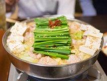1000軒以上を食べ歩く美食家CAが大絶賛!最高に美味しいもつ鍋の店