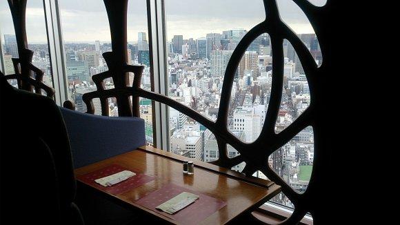 地上43階でイタリア食紀行!ランチバイキング@ドームホテル