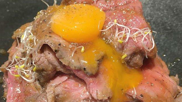 ローストビーフ丼も!国産牛にこだわる肉バルの激旨お得ランチ