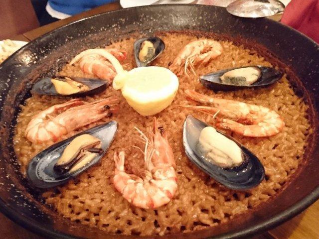 世界レベルの実力!本場スペイン仕込みのパエリアが美味しい人気のバル