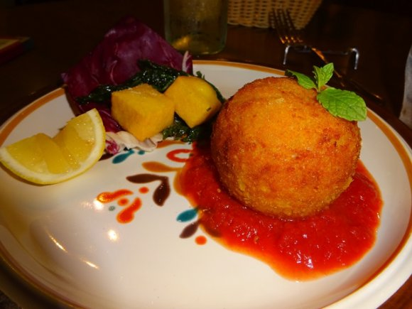 渋谷に大人の隠れ家が!本場のシチリア郷土料理が楽しめる店