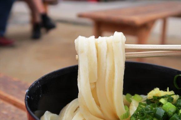 うどん県でもトップクラス!メチャクチャ美味い製麺所併設セルフうどん店