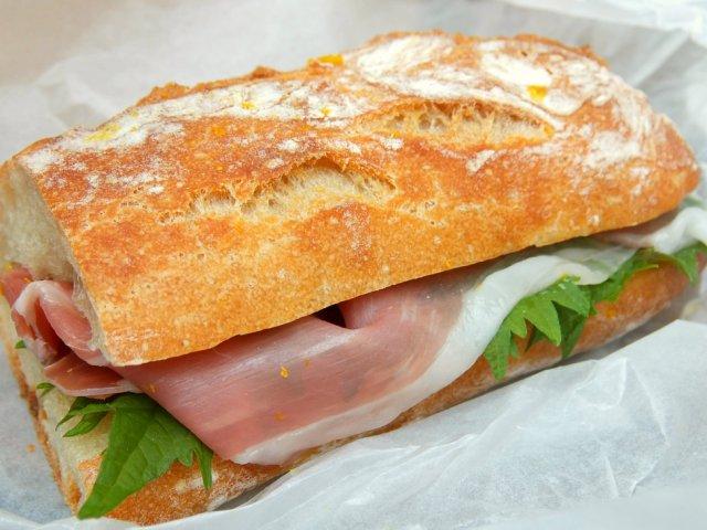 感動的な美味しさ!人気店のパンを使ったサンドイッチの名店
