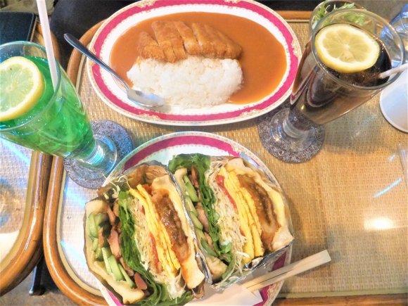 贅沢な厚さのサンドイッチに大満足!昭和レトロな喫茶店の高コスパランチ