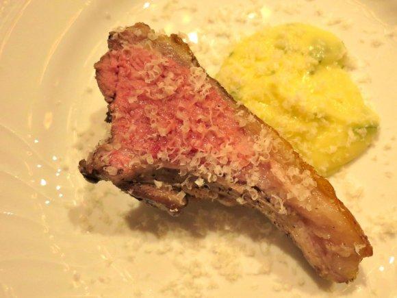 骨付き肉からデザートまで!美味しすぎてフォークが止まらないイタリアン