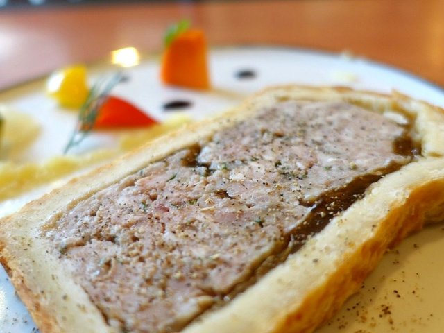 本格的フレンチ惣菜も!肉屋併設の人気串カツ店がリニューアルオープン