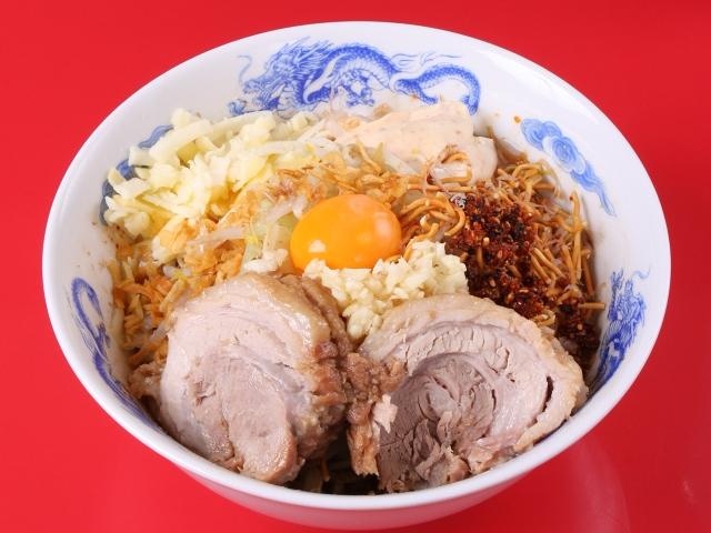 まぜそば考案者が腕をふるう埼玉は春日部の必食店『ジャンプ』