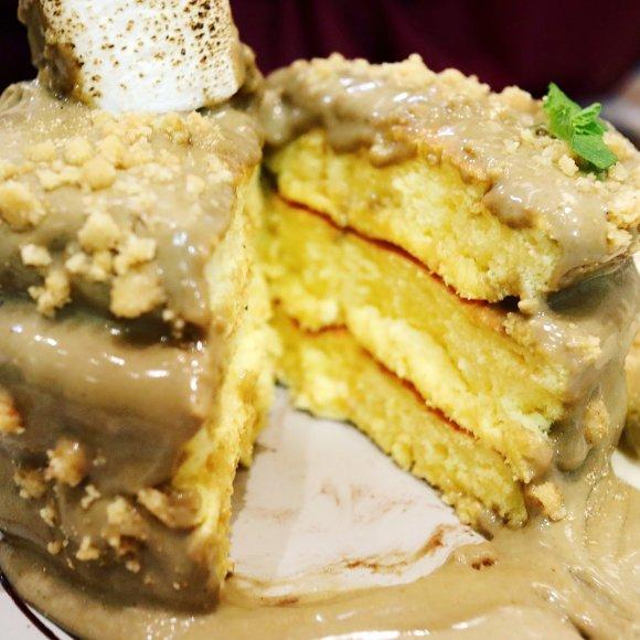 原宿で人気のレインボーパンケーキの2号店が池袋に!限定メニューも登場