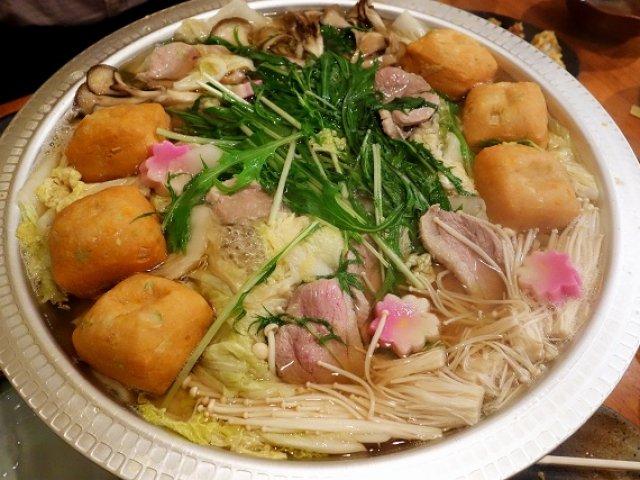 うどん食べ放題付の鴨すき鍋が絶品!一品料理も充実したうどん居酒屋