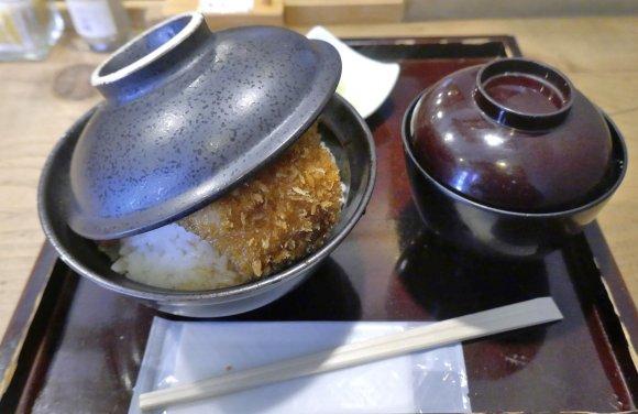 とにかくご飯が進む!神田・水道橋・秋葉原周辺で旨い「丼」が味わえる店