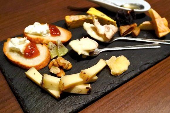 ほとんどのメニューにチーズが入る!?チーズ好きの天国はここにあった!