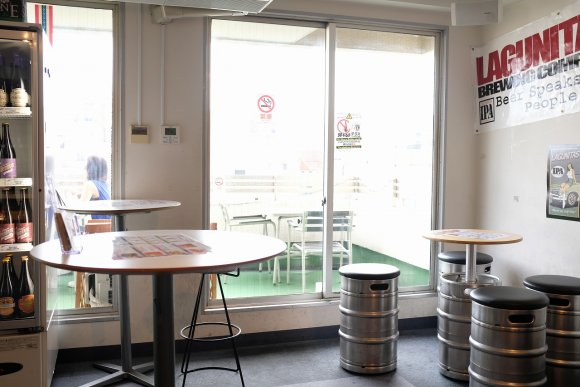 昼からビールが飲める&買える!マニアも唸る品揃えのクラフトビールの店