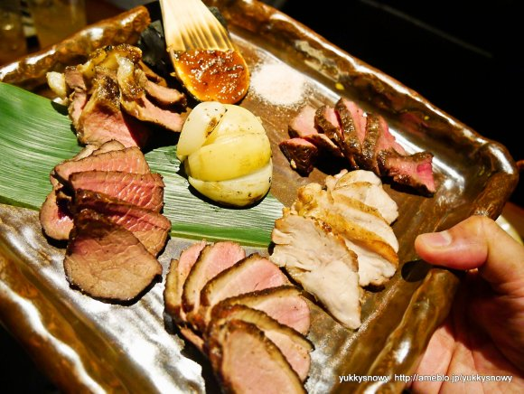 旬のジビエを鍋で堪能!新宿駅近で山旅行気分を味わえるお店