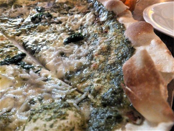 確実に穴場!本格派の石窯焼きピッツァやパスタが格安で堪能できるランチ