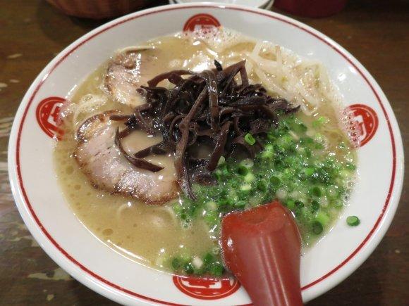 濃厚スープが癖になる!全国で味わえる、食通おすすめの豚骨ラーメン6軒