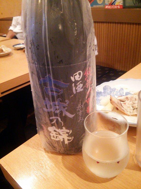 集え日本酒ファン!住宅街の通な店で希少な日本酒と拘り料理を