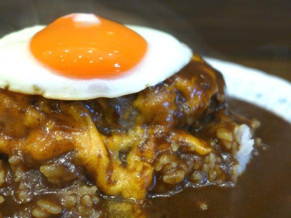 カレー×ハンバーグ=最強!下町洋食店で食べる濃厚ご馳走カレー!