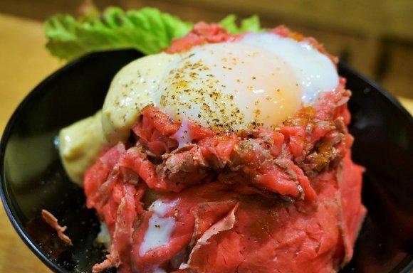 やっぱり肉が食べたい!喰らうべき名物肉メニュー記事7選