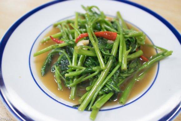 小岩駅徒歩3分!タイ人も通うタイ東北の田舎料理が味わえる店