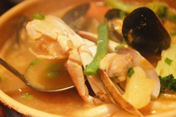 タパスとブイヤベースは必食!スペイン料理が手軽に味わえる店