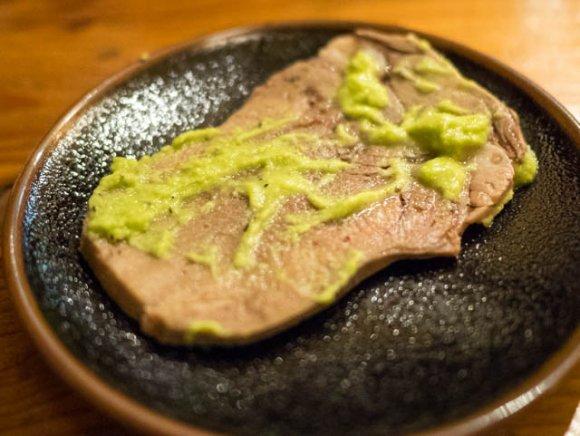 茹でから焼きまで!牛タン専門店の肉汁たっぷり牛タンフルコースに舌鼓