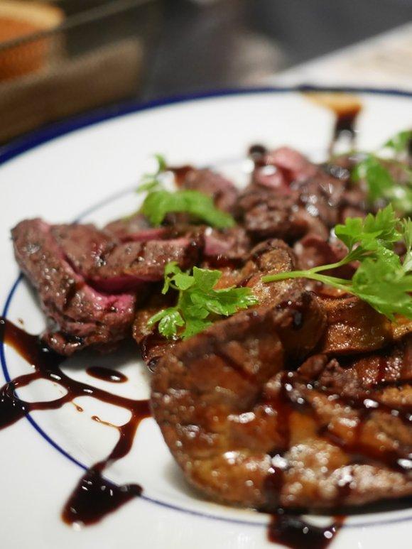 どちらもおすすめ!肉の街・五反田で外せない人気肉バル2軒